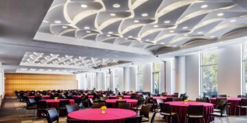 fordham_law_custom_free_hanging_clouds_acoustics_nuvola_decoustics-1-1-1140x600